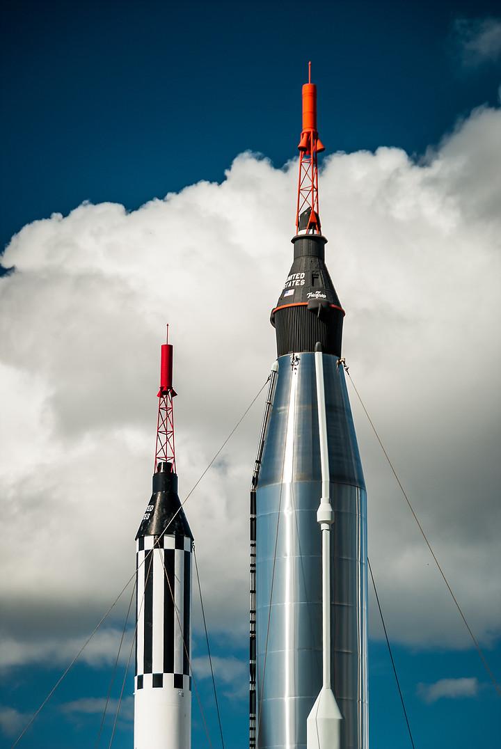 Des fusées illustrent la croissance du marché des levées de fonds logiciel