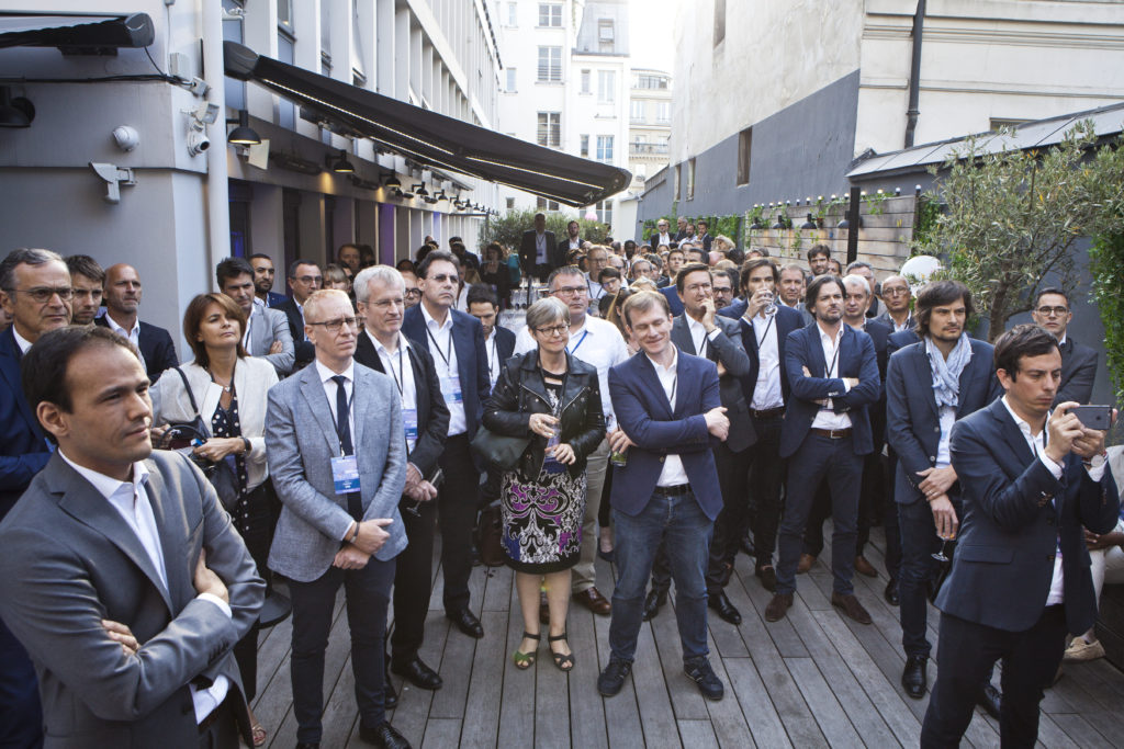 Groupe lors de la Garden party de Tech'In France à Paris le 8 juillet 2019
