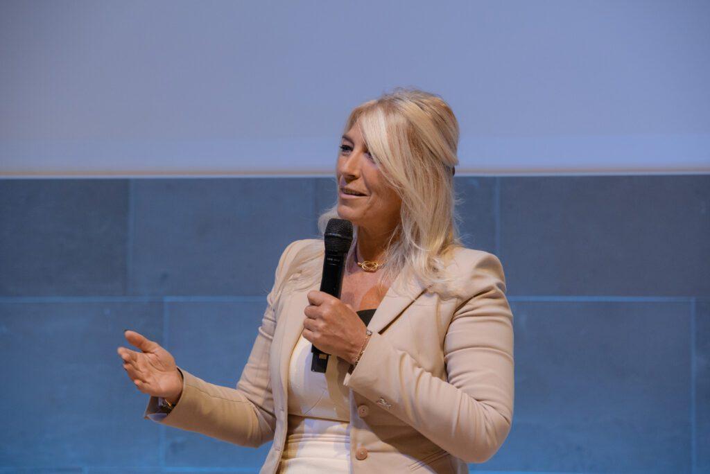 Béatrice Kosowski, Présidente d'IBM France, administratrice de Numeum TechTalks